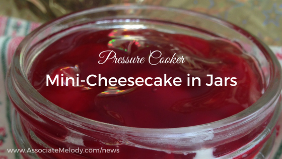 Pressure cooker mini-cheesecake in jars
